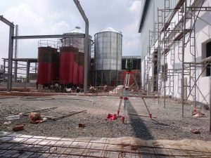 nhan-gia-cong-lam-sach-silo